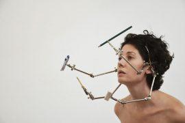 Apócrifa Art Magazine, cuerpos perfectos