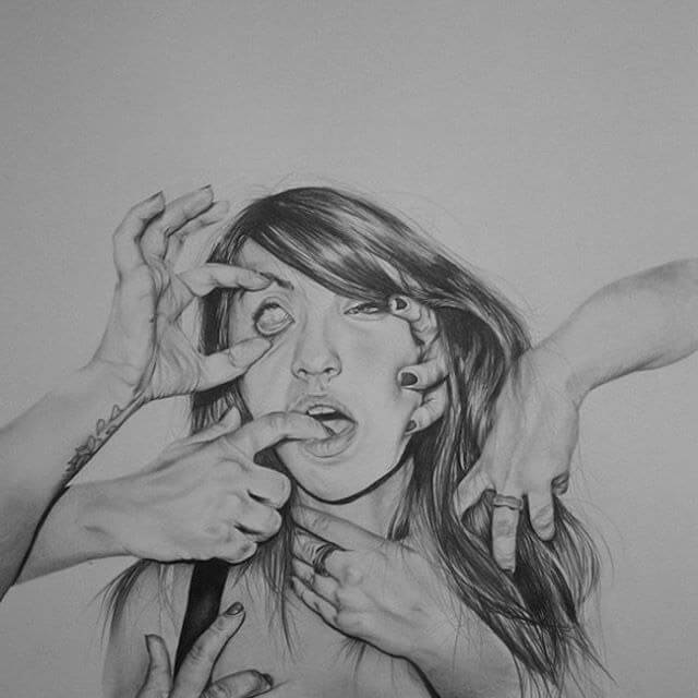 Apócrifa Art Magazine, Hanna Scott