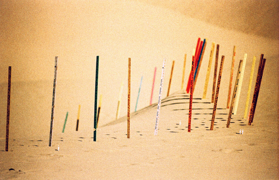 Éxodo desierto, Apócrifa Art Magazine